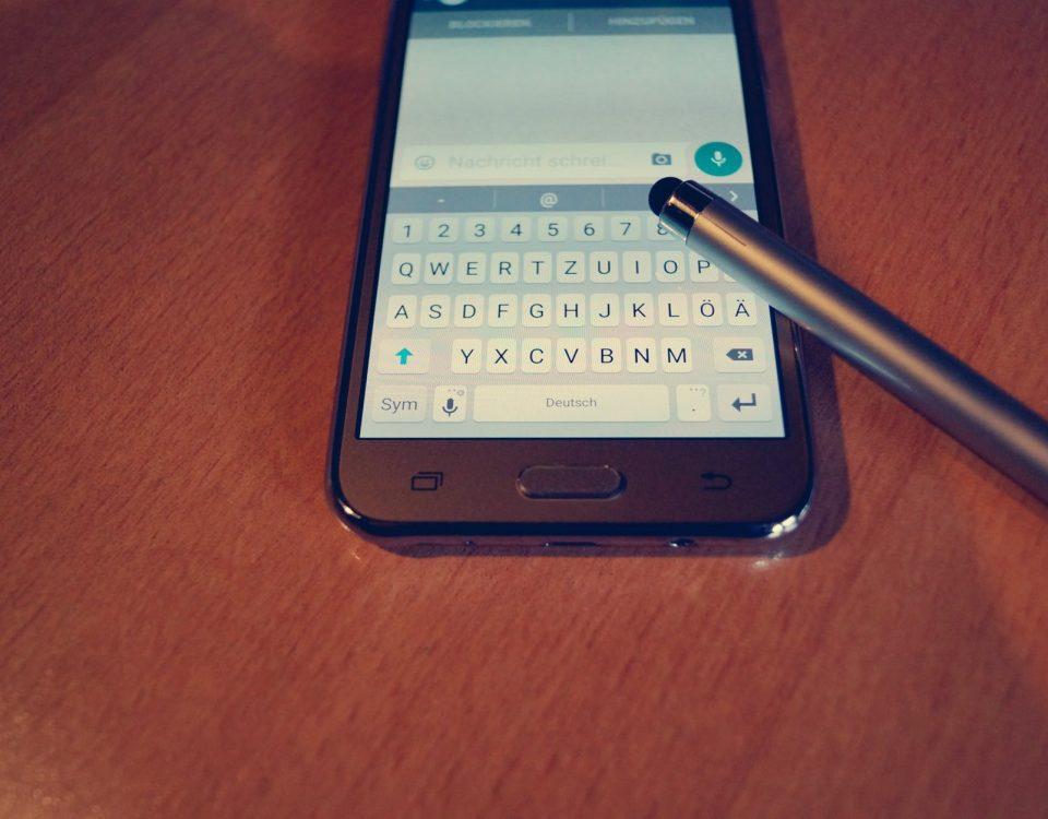 Enviar mensajes de Whatsapp sin tocar el móvil